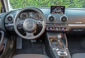 Audi-A3-e-tron-Dsh