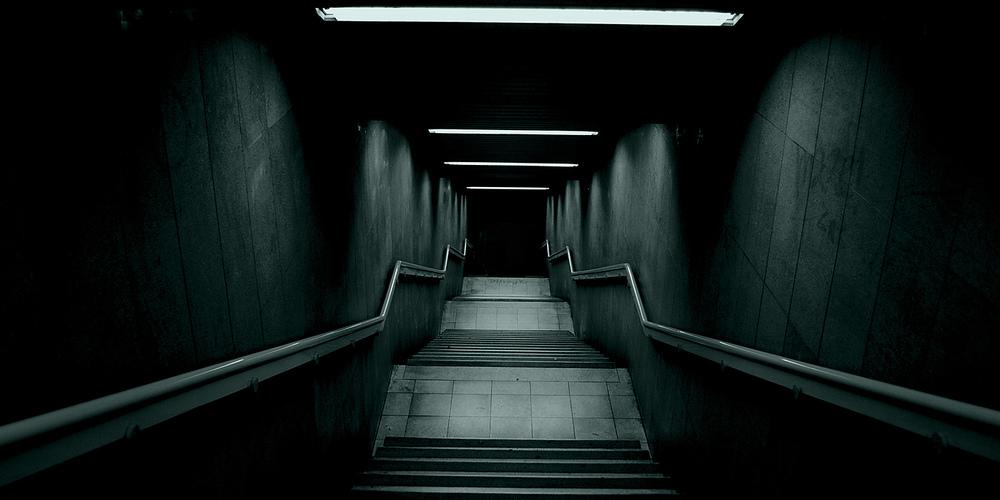 Stare into the abyss Eleni Preza cr