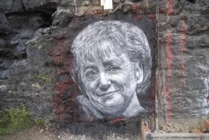 Angela Merkel painted portrait, foto: Thierry Ehrmann