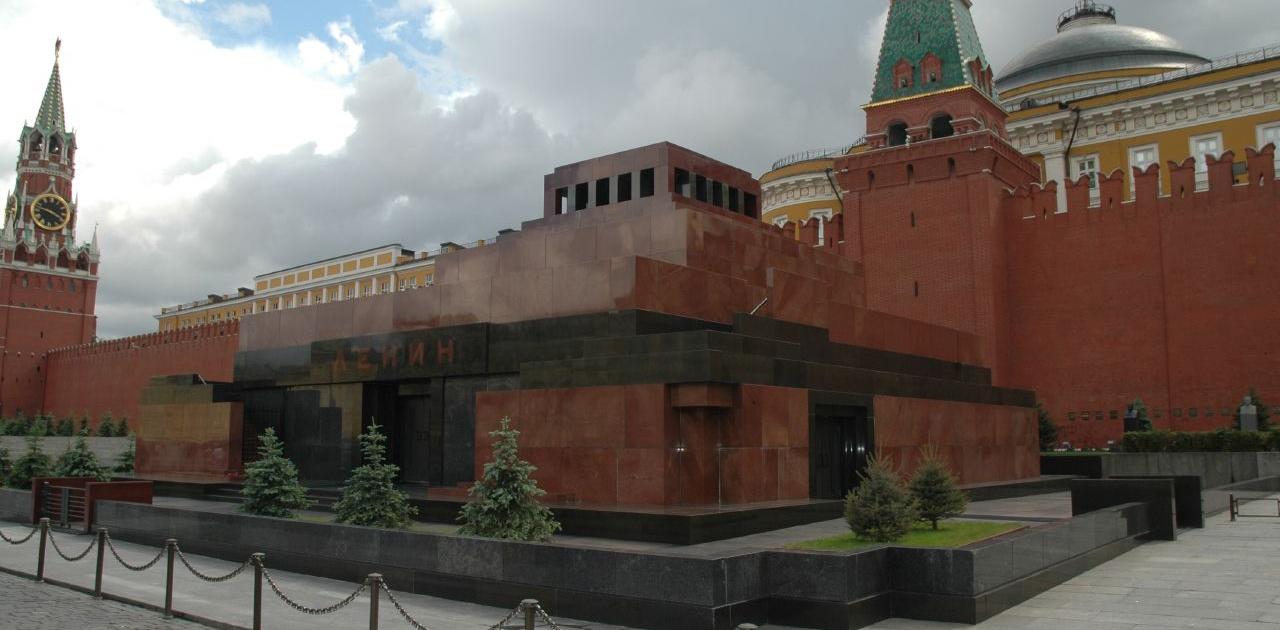 Lenins mausoleum 2 e1466004522302