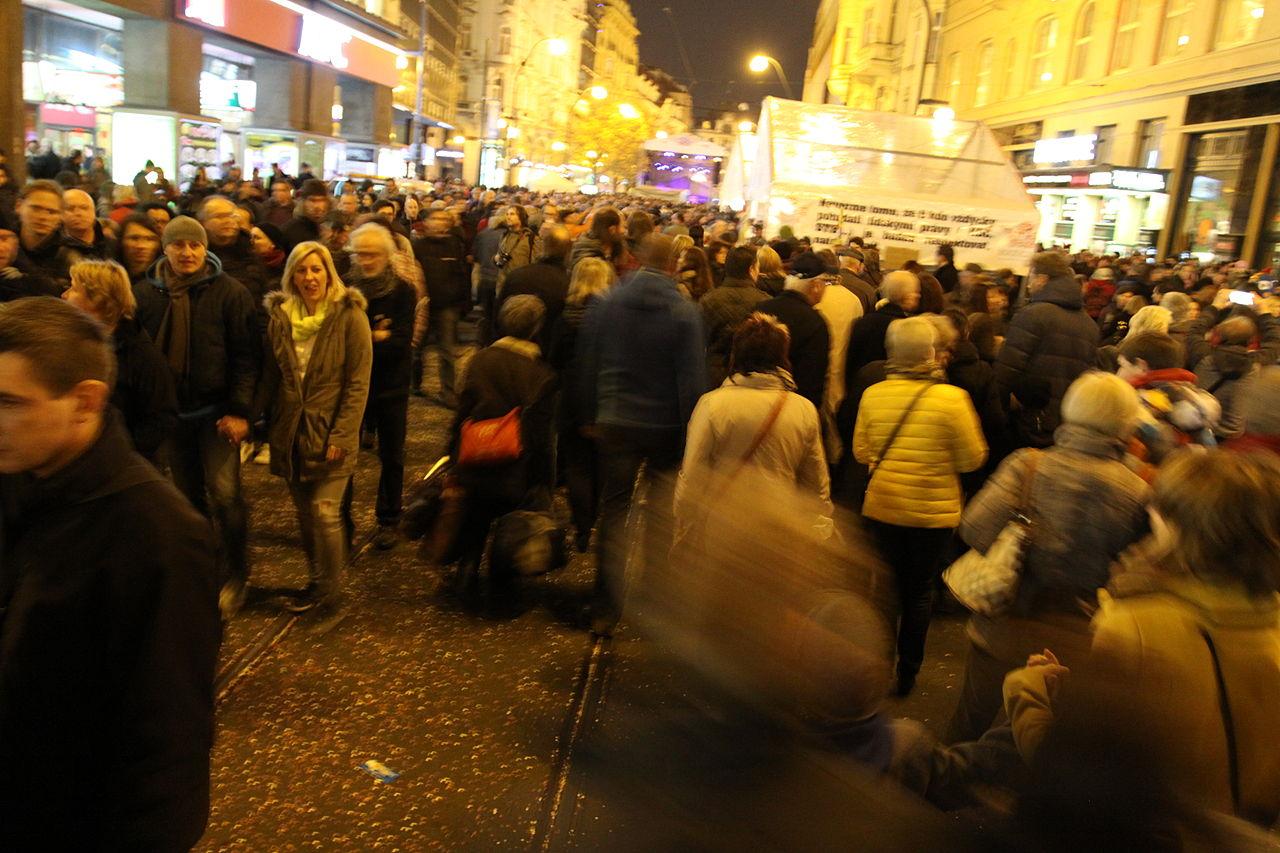 25. výročí Sametové revoluce v Praze 2014 Chmee2 commons.wikimedia.org