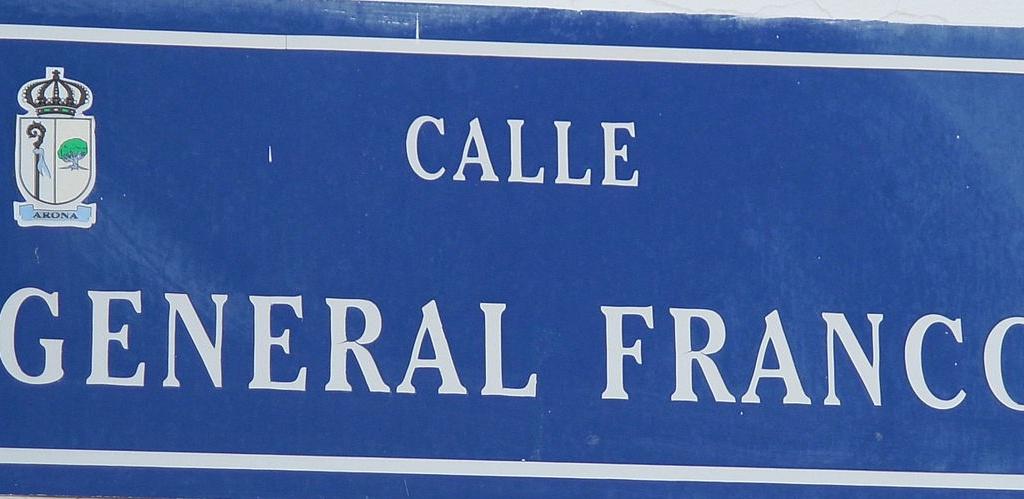 Calle General Franco by Piotr Konieczny e1473866314450