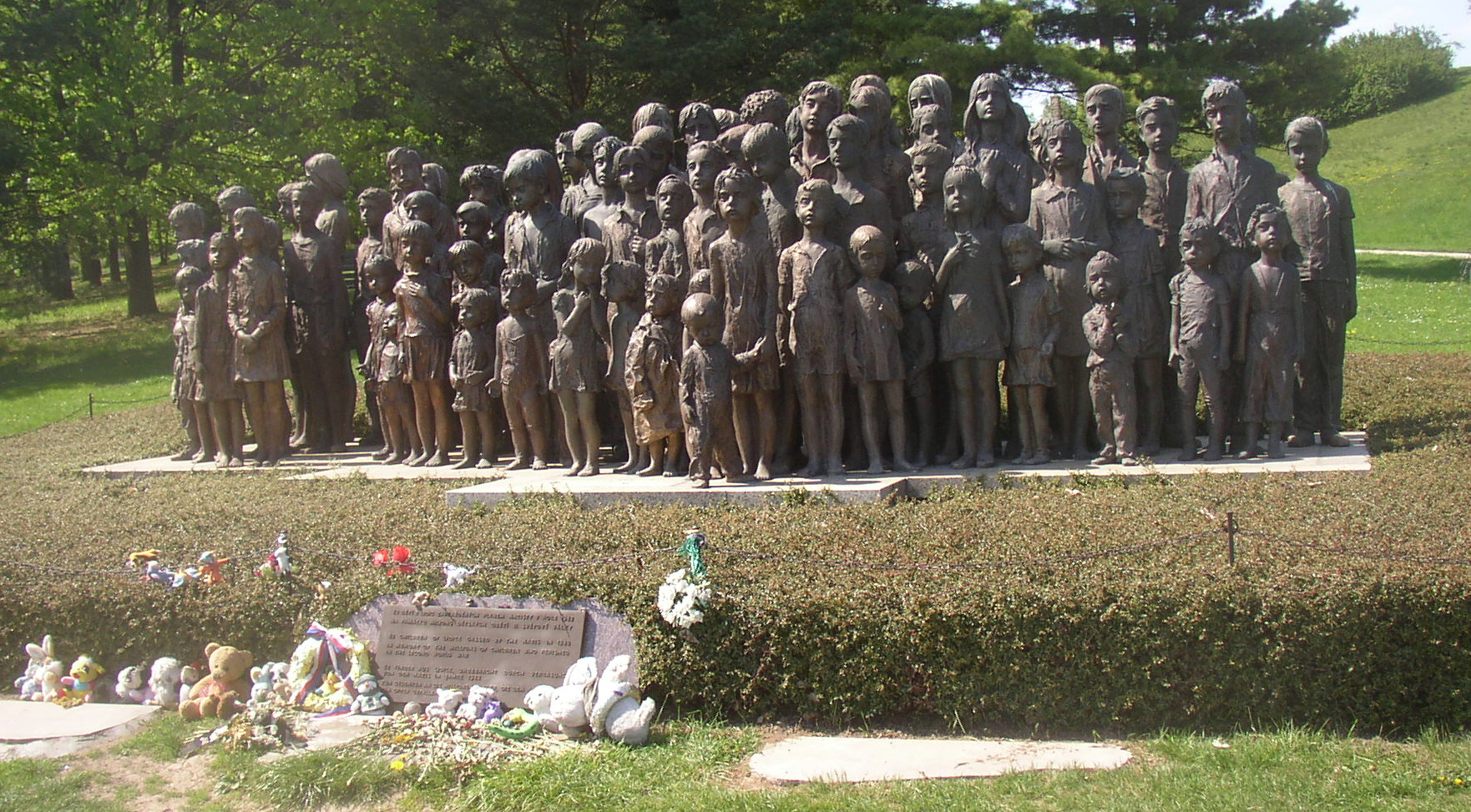 Lidice Memorial to the children of Lidice Miaouw Miaouw