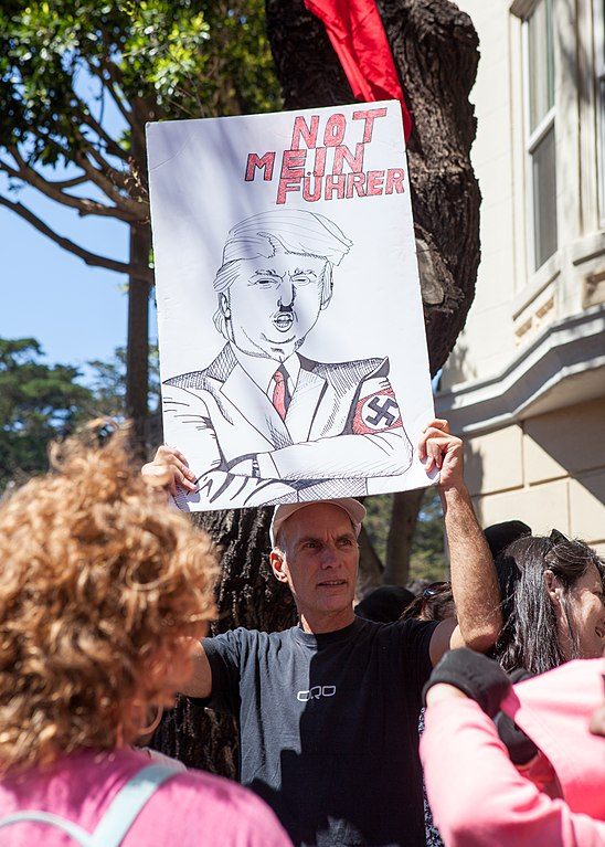 Patriot Prayer SF Counterprotest, photo by Pax Ahimsa Gethen
