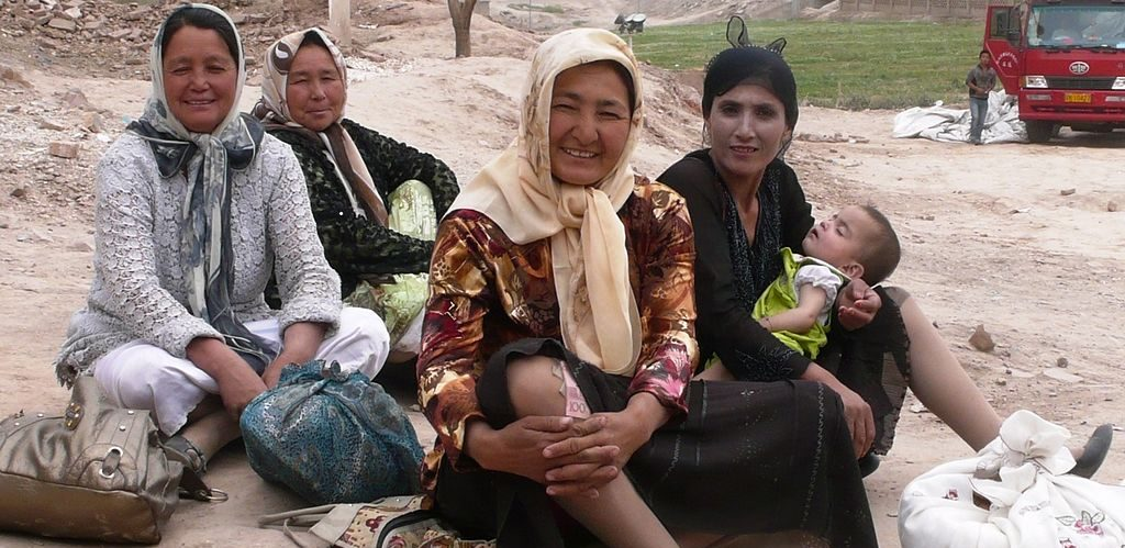 Uighur women by mikepryan