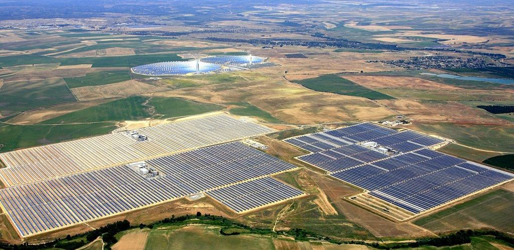 Aerial view of the unit I III and IV of Abengoa Solars Solnova Solar Power Station by Abengoa Solar