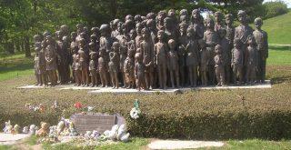 Lidice Memorial to the children of Lidice Miaouw Miaouw