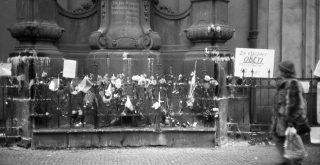 Street Photo from the Velvet Revolution in Prague 1989 by Josef Šrámek ml.